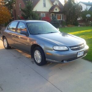2003 Chevrolet Malibu 4 Door Sedan London Ontario image 3