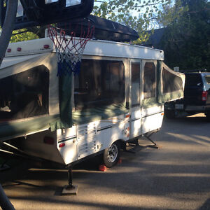 12' Starcraft tent trailer with slide out