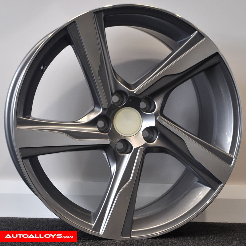"Volvo V40 R Design: 18"" Volvo R-Design Style Alloy Wheels And Tyres For Volvo"