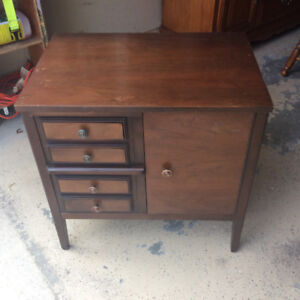 Small cabinet, great for printer stand $15.00