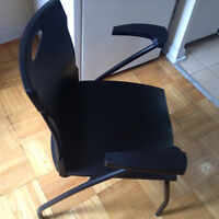 Arm Chairs - Stacking, Plastic Seat & Back (Flex Nest 6543)