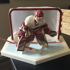 Dominik Hasek Red Wings Action Figure_6''