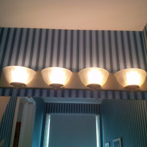 4 Sconce Vanity Light. As New Condition
