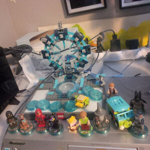 Lego Dimensions Portal and Pieces for WiiU