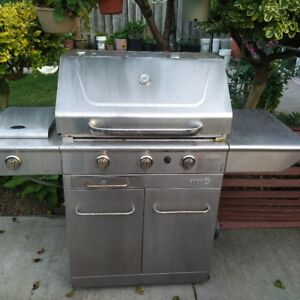 CENTRO USED NATURAL GAS  BBQ