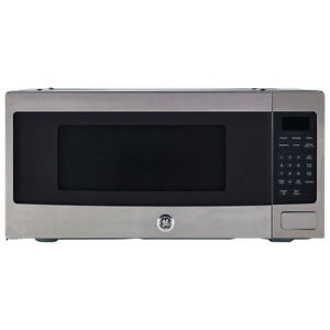 * 1.1 Cu.Ft Microwave Stainless Steel Spacemaker Professional