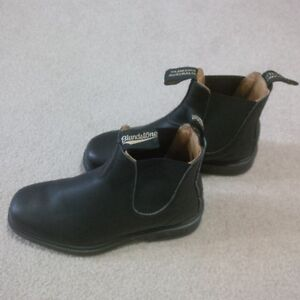 Ladies Blundstone Boots - Excellent Condition - Worn once