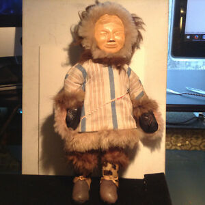 Vintage  Native American Indian Eskimo Carved Wood Doll