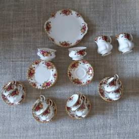 Royal Albert Old Country Rose Crockery - 38 Pieces.