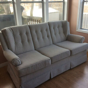 Small Couch - Like New