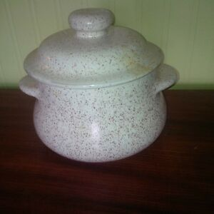 blue mountain pottery cooking pot
