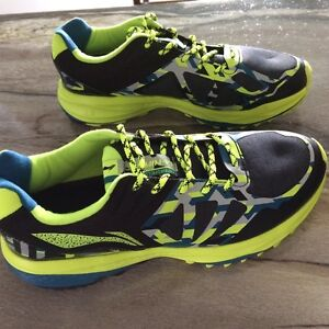 Men's casual/running shoes Kitchener / Waterloo Kitchener Area image 1