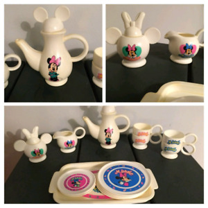 Vintage Disney | Minnie Mouse 15pc Child's Tea/Coffee Play Set