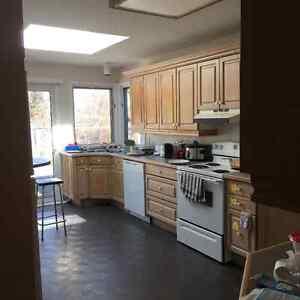 House for rent- between Brock and Pen- Glenridge & Glendale