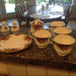 Estate Sale Old Country Rose - a few items left
