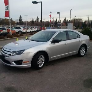 2010 Ford Fusion S Sedan *Low Mileage*
