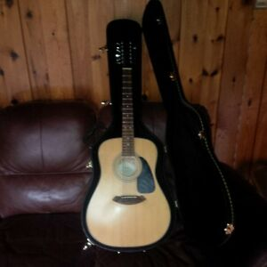 Fender 12 string with hardshell case