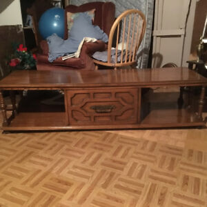 Coffee table. Immaculate condition.