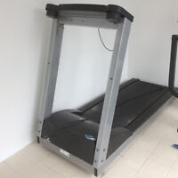 Very good quality Sears treadmill with 12 inclines, digital