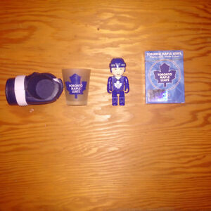 ASSORTED MAPLE LEAFS GIFT ITEMS