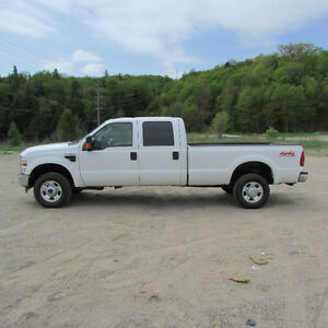 2012 Ford Crewcab Long box XLT Gas