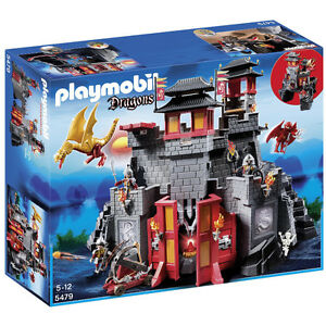 Complete NEW playmobile Dragons/6 sets worth almost 7 hundred.