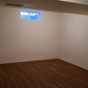 Bright and Spacious 3 Bedroom house for rent Kitchener / Waterloo Kitchener Area image 6