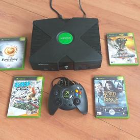 XBOX Original Console + 4 Games