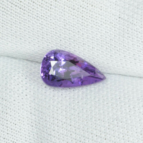 1.03 ct HIGHLY LUSTROUS - PURPLE VIOLET 100% NATURAL SAPPHIRE See Vdo 5623 !!