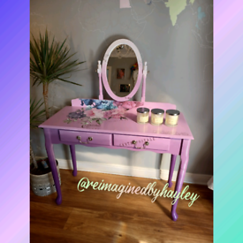 Ladies Pink and Purple Dressing Table