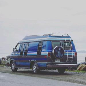 1985 dodge ram B250 custom 142.00km