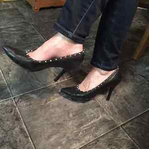 Shoes Regina Regina Area image 7