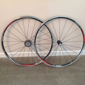 ROUES SHIMANO WH-R500