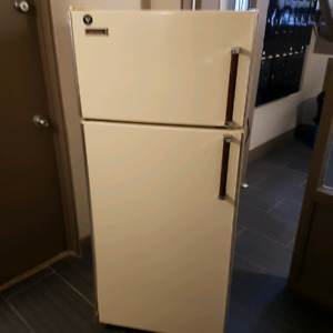Apartment Size Fridges | Buy or Sell Home Appliances in Calgary ...