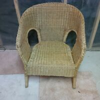 Wicker Table & Chair