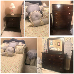 Laura Ashley Style Bedroom - Must Sell!!