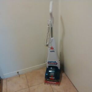 Bissell Carpet Steamer