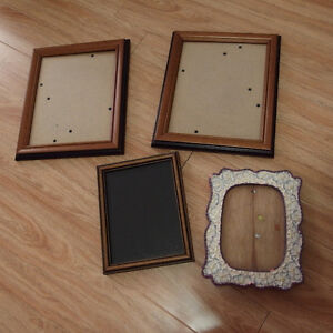 photo frame set  USED , great condition  total $5  pick up and c