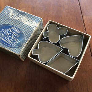 Vintage Farley Junior Party Cake Cutters