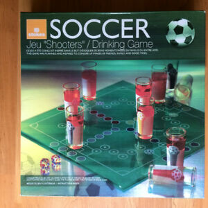 LIVRAISON GRATUITE - JEU SHOOTERS SOCCER DRINKING GAME NEUF