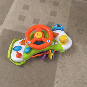 Stearing wheel /driving toy for strollers