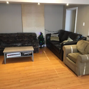 All Inclusive Room for Sublet in a 2 bedroom