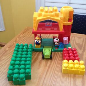 Mega Bloks Lego farm sets