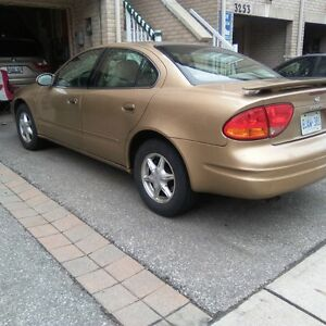 1999 Oldsmobile Alero GL Sedan