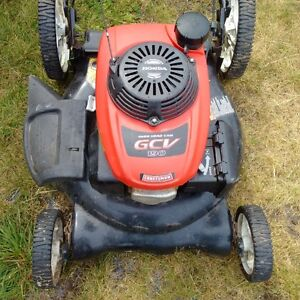 Craftsman Lawnmower with honda engine