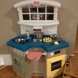 Little Tikes Kitchen with many extras