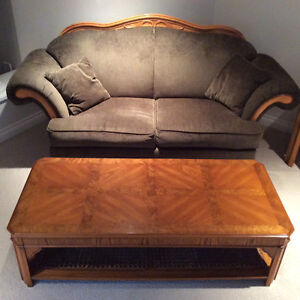 Coffee table and 2 end tables - very solid