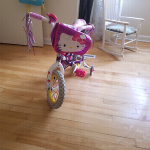 Bicycle for sale - Hello Kity model