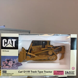 CAT D11R Track-Type Tractor Collectable Die Cast 1:50 Scale Windsor Region Ontario image 1