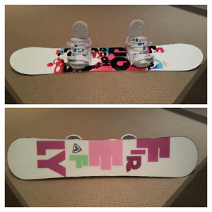 Brand new girl snowboard with matching bindings 130cm